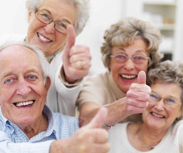 Cần tăng cường sức khỏe cho người già